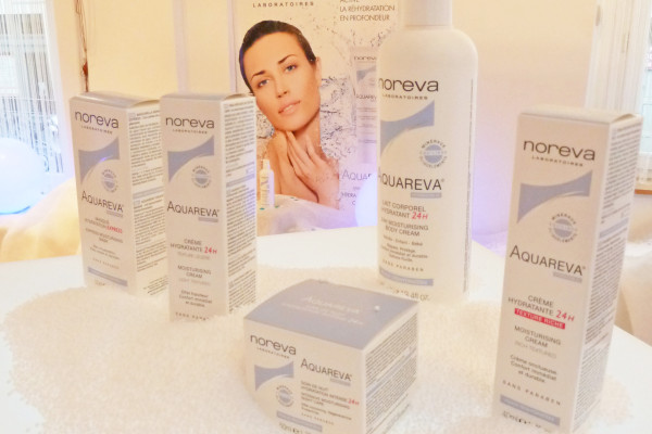 Scénographie lancement Aquareva Noreva mars 2012